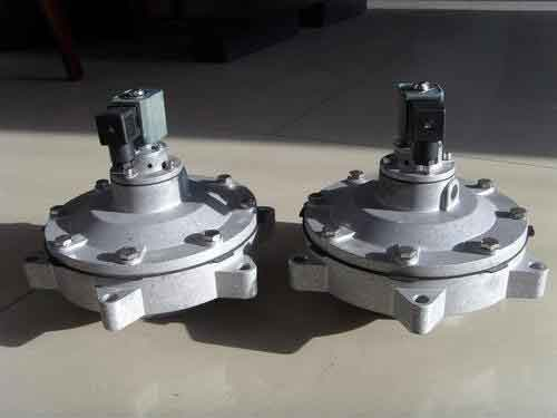 DMF-ZM直角带螺母电磁脉冲阀